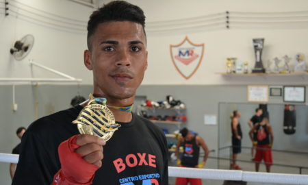 Bruno Paiva, atleta de boxe do Centro Esportivo MR
