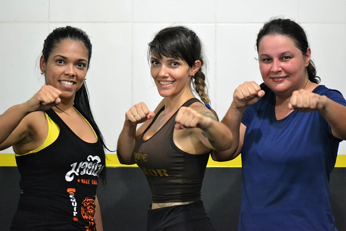 Thaiane Defalco, professora de Thai Cross