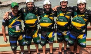 Fábio Ramos (treinador), William Ferraz, Thiago Diniz,Thiago Serra e Pedro Aversa (Foto: World Rafting Federation)